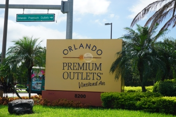 vineland-premium-outlets-cartel